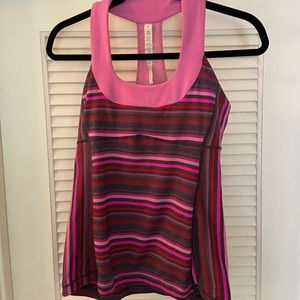 Lululemon scoopneck workout shirt